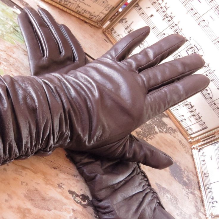 Got Gloves?  With the cool winter temperatures, these lined leather gloves will keep your fingers toasty!  I love the chocolate brown colour, and they are very soft.