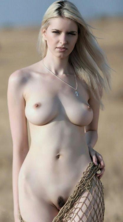 Maya Naked 69