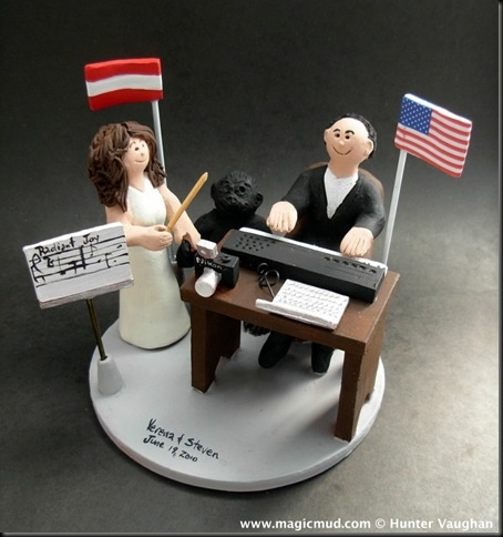 While we are on a musical note why not feature this great wedding cake topper with the female orchestral conductor!    …it's probably a fairly male dominated field, yet this bride has no problem  giving the right directions to those close to her…. $240#wedding_cake_topper#musician#figurine#piano#conductor#bride#groom