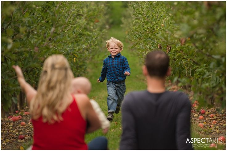 On a quest for pumpkins at Davidson's Orchard in Vernon, BC A Day in the Life Okanagan family photographer www.aspectartsphoto.com