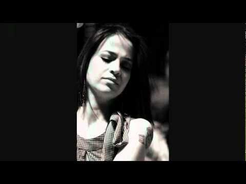 Zeynep Doruk-Benim Hala Umudum Var - YouTube