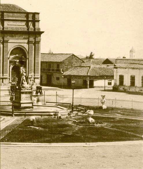 Esquina de Puente con Cstedral de la Plaza de Armas en Santiago de Chile en 1863