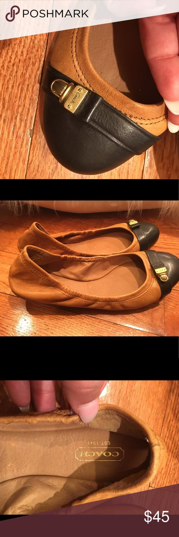 Coach Flats Shoes Women leather Coach ballet Coach Flats Shoes Women leather Coach ballet flats Black Brown Size 9B like new Coach Shoes Flats & Loafers