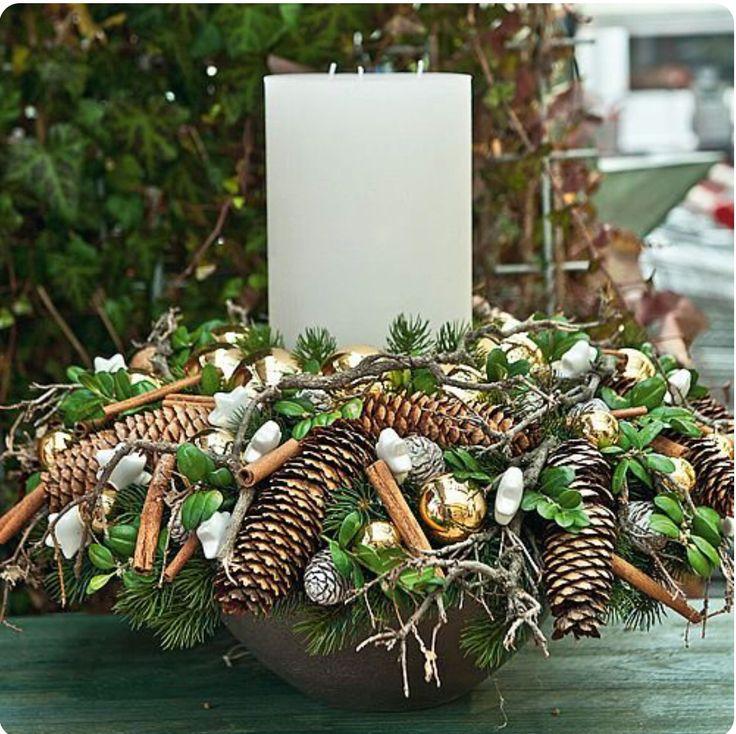 Kerststuk met kaars