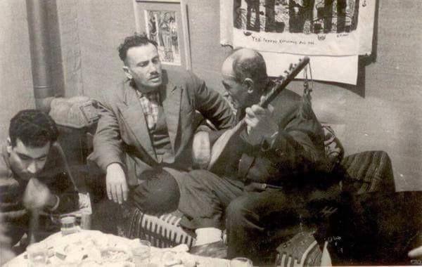 Yasar Kemal ile Asik Veysel ayni masada