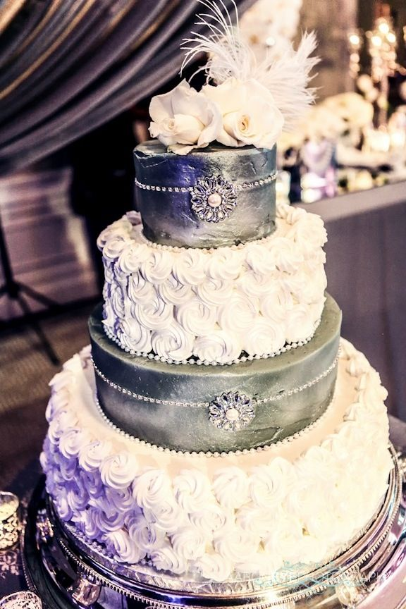 glamour wedding cakes 1000 images about wedding on 14714