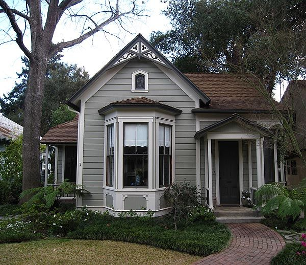 """Another amazing """"tiny house""""..the Claremont at approx. 700 sq ft"""