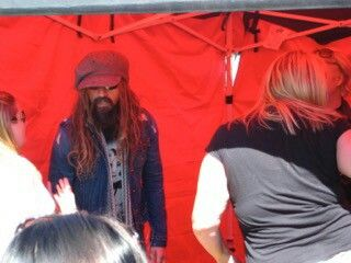 my meet and greet with John 5 ,and Rob Zombie Korn ,And Five Finger Deathpunch