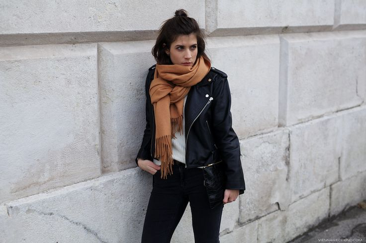 Black + Camel | More on viennawedekind.com