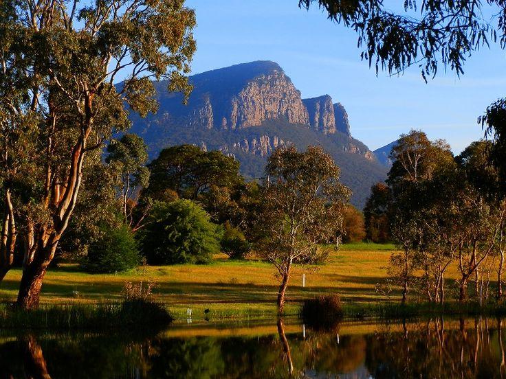 Mount Abrupt, Grampians National Park, Dunkeld http://www.bloggerme.com.au/states/wonthaggi Australia