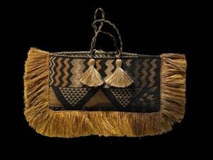 Kete Taniko - Collections Online - Museum of New Zealand Te Papa Tongarewa
