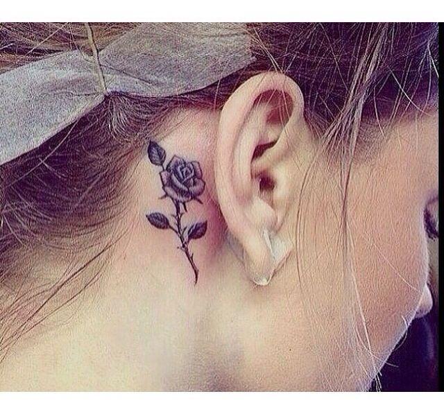 Uma idéia de tatoo para ficar maravilhosa atrás da orelha