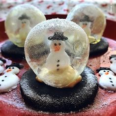 izoomさんのスノー グローブ クッキー クリスマスに Snow Globe Cookies for Christmas #snapdish #foodstagram #instafood #food #homemade #cooking #japanesefood #料理 #手料理 #ごはん #おうちごはん #テーブルコーディネート #器 #お洒落 #ていねいな暮らし #暮らし #スノーグローブクッキー #クリスマス #SnowGlobeCookies #Christmas #Cookies #アイシングクッキー #雪だるま #スイーツ https://snapdish.co/d/G1b0Oa