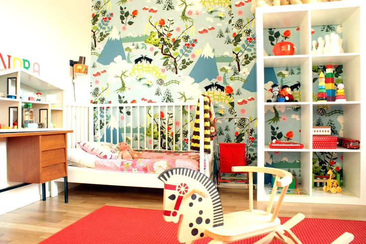 vibrant and whimsical walls... that sure looks like IKEA fabric...