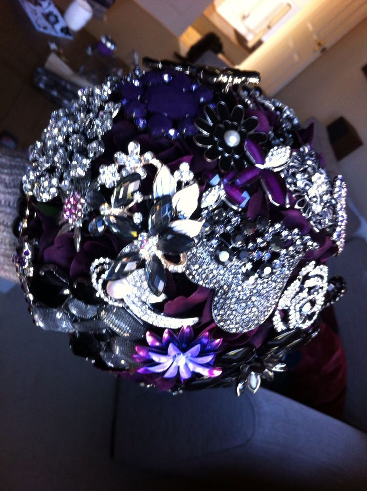 Brooch wedding bouquet for daughter's wedding.