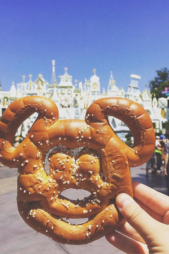 The 11 Most Magical Foods to Grab on the Go at Disneyland