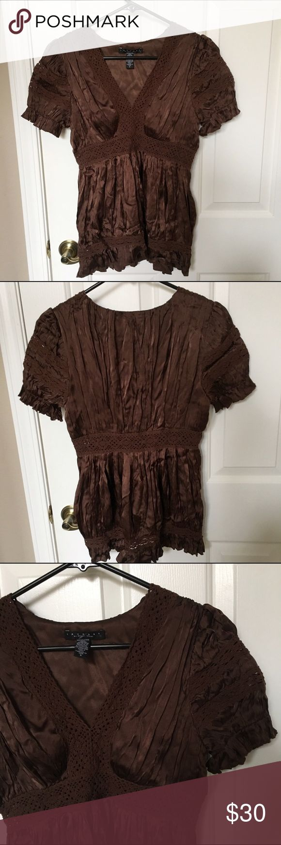 Laundry by shelli segal blouse Laundry by shelli segal. Never worn. Laundry by Shelli Segal Tops Blouses