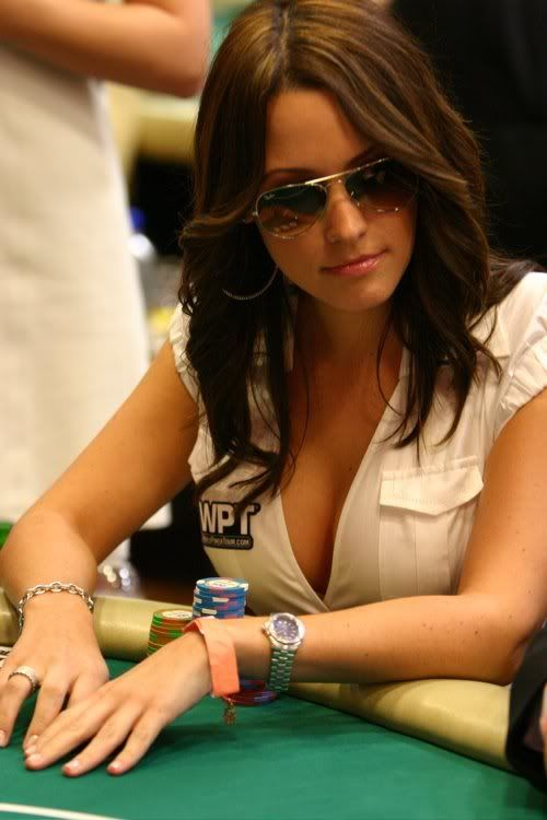 Kimberly Lansing stunning poker player/journalist  #InStyle and #People magazines