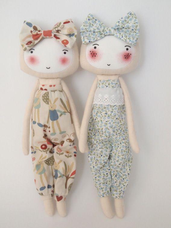 Handmade dolls by Pocoleizi Coup de Coeur no.15//petitapetitandfamily.com