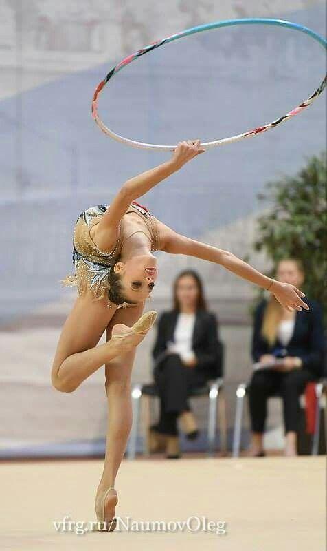 <<Alina Ermolova (Russia)>>