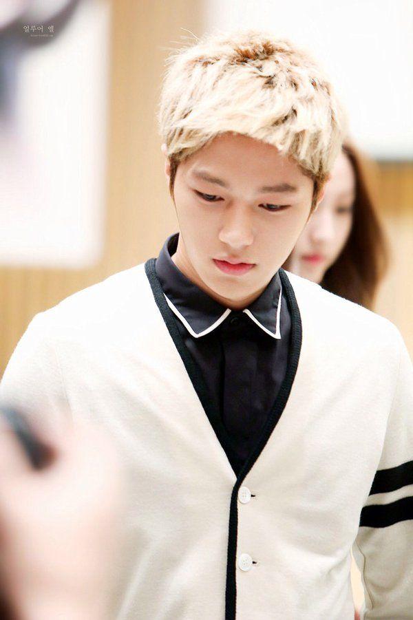 Blonde Myungsoo ^_^ | Myungsoo, Kim, Cute