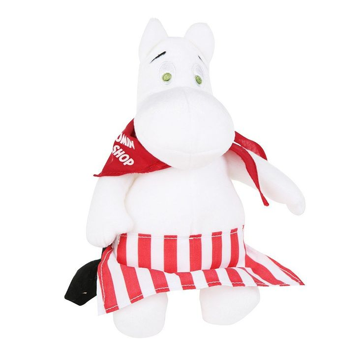 """A sweet soft Moominmammaplush-toy, height 23 cm by Martinex. Perfect for a little cuddling! Beautiful white colored Moominmammawith redscarf with """"Moomin Shop""""-logo. Ready for you to make heryours. This product is an exclusive Moomin Shop product and is only available in the Official Moomin Shop and Moomin Shops in Helsinki.Ihanan pehmeä Muumimammapehmolelu, korkeus 23 cm Martinexilta. Täydellinen halaamista varten! Kauniin valkoisen värinen Muumimamma punaisellahuivilla, jossa…"""