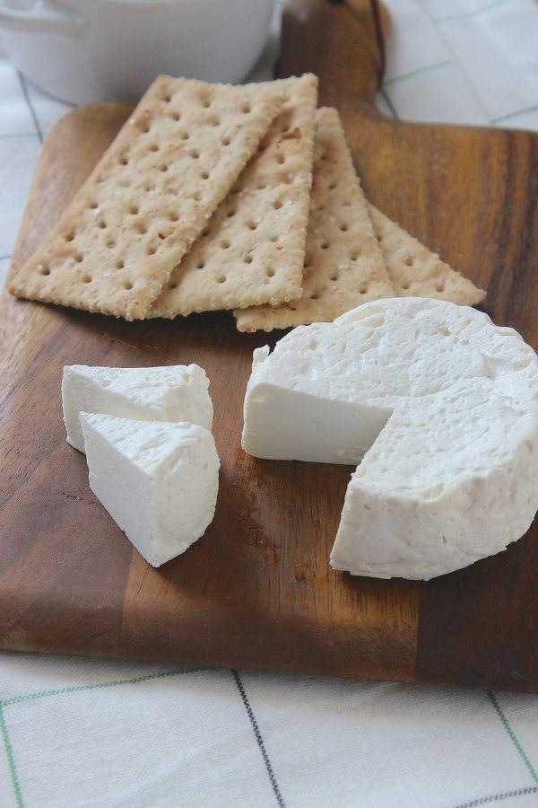 まるでチーズのような仕上がり!おつまみにもサラダにも使える「焼きヨーグルト」の作り方   レシピサイト「Nadia   ナディア」プロの料理を無料で検索