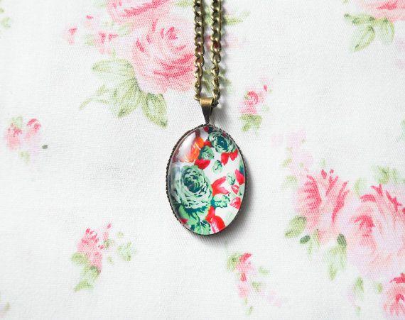 Vintage Rose Necklace, Vintage Floral, Pretty Necklace, Antique Bronze Necklace, Rose Cabochon, Flower Cabochon, Brass Necklace, Retro