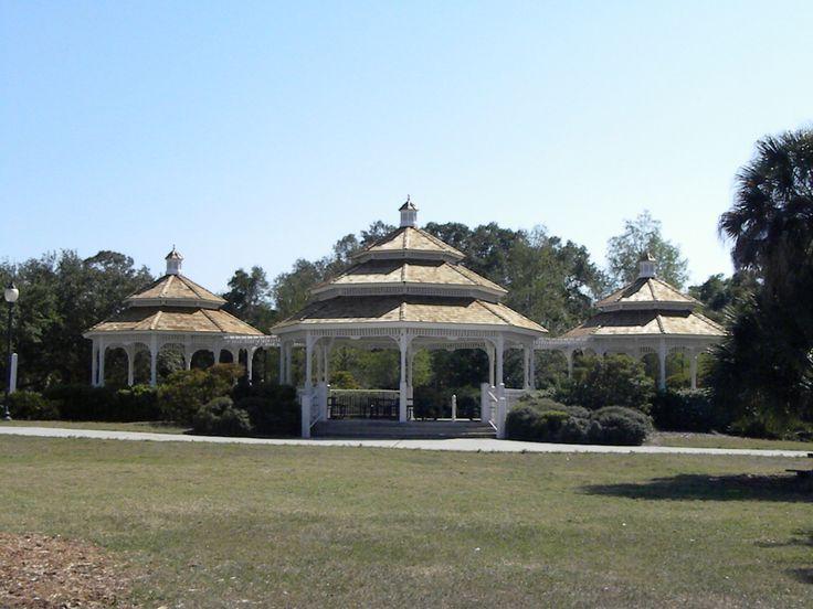 Might Make A Nice Wedding Venu Gazebo At Phillippi Estate