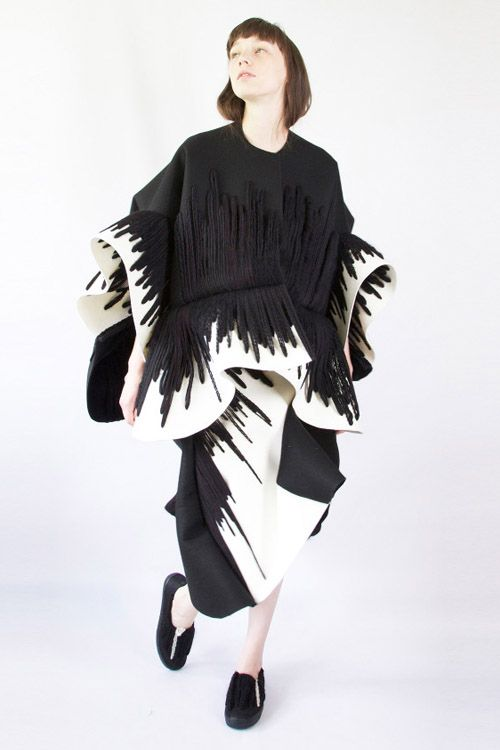 Sculptural Fashion - dress with 3D shape & monochrome embroidery; artistic fashion // Claudia Li