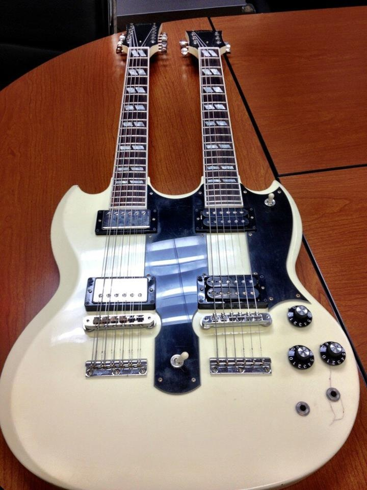 126 best images about double twin neck electric guitars on pinterest chris squire jimmy. Black Bedroom Furniture Sets. Home Design Ideas