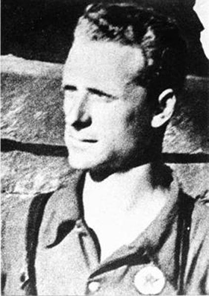 Aligi Barducci detto Potente (Firenze, 10 maggio 1913 – Greve in Chianti, 9 agosto 1944) è stato un militare e partigiano italiano. Figlio di Duilio e Brunetta Fanfani, fu un eroe della Resistenza toscana, protagonista di numerose azioni tra cui la liberazione di Firenze nell'agosto del 1944, decorato con la Medaglia d'Oro al Valor Militare alla Memoria   #TuscanyAgriturismoGiratola