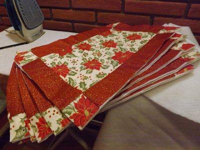 Aprendiz de tudo um pouco: Jogo americano em patchwork para a ceia de Natal... / Patchwor in support for Christmas dinner...