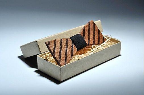 bewooden / Drevený motýlik Buteo