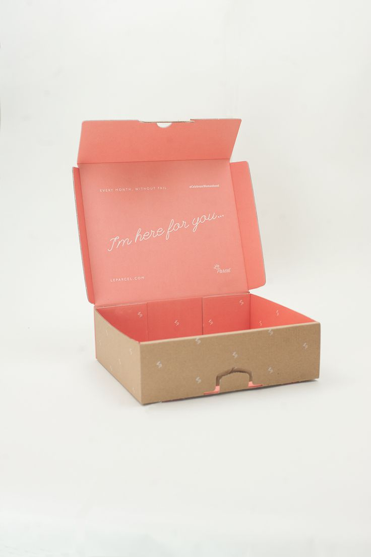 Le Parcel Packaging System / Designed by Seven Fifty Five / Printed by Squarepeg