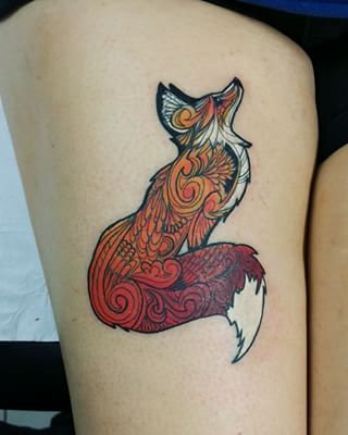 This pretty fox. | 23 Tattoos For People Who Just Fucking Love Animals