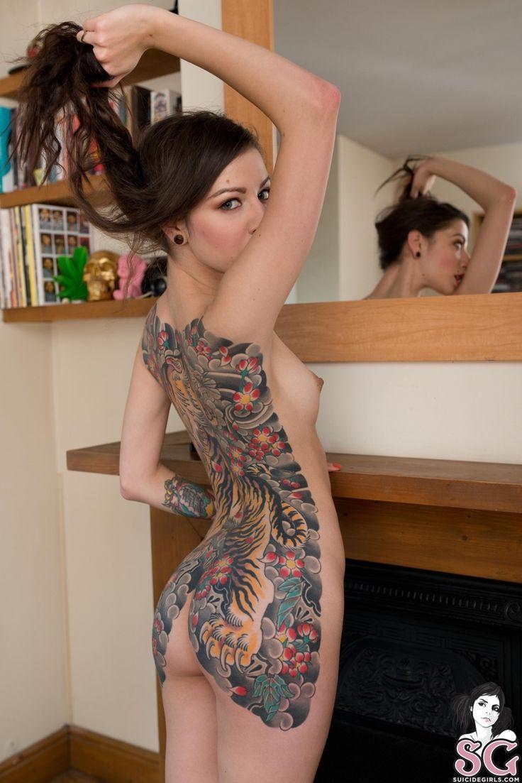 Kuwait Emo Cute Teens Porn Women With Abdominal Tattoos Nude