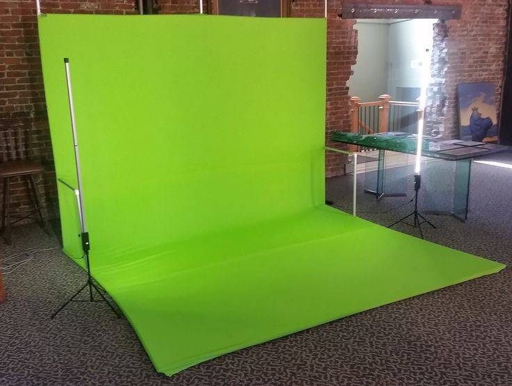 Have you seen Darim's amazing portable chroma key solutions: