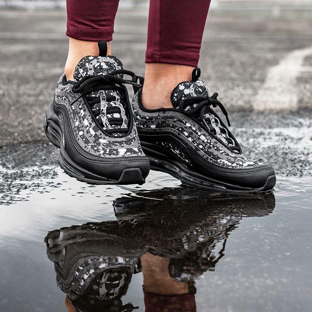 Nike Wmns Air Max 97 Ultra '17 PRM (Black Black Vast Grey)