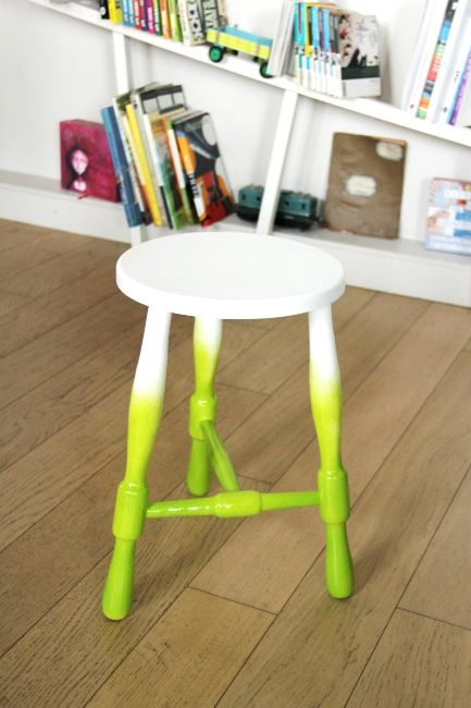 tabouret tie and dye