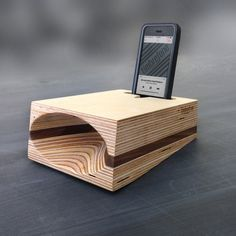 Timbrefone™ Schichten Walnuss  Telefon von ArtificerWoodWorks