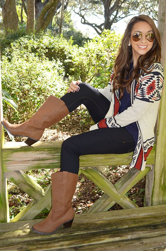 Beautiful cowboy boots ! #western #cowboy #boots At Eagle Ages we love cowboy…