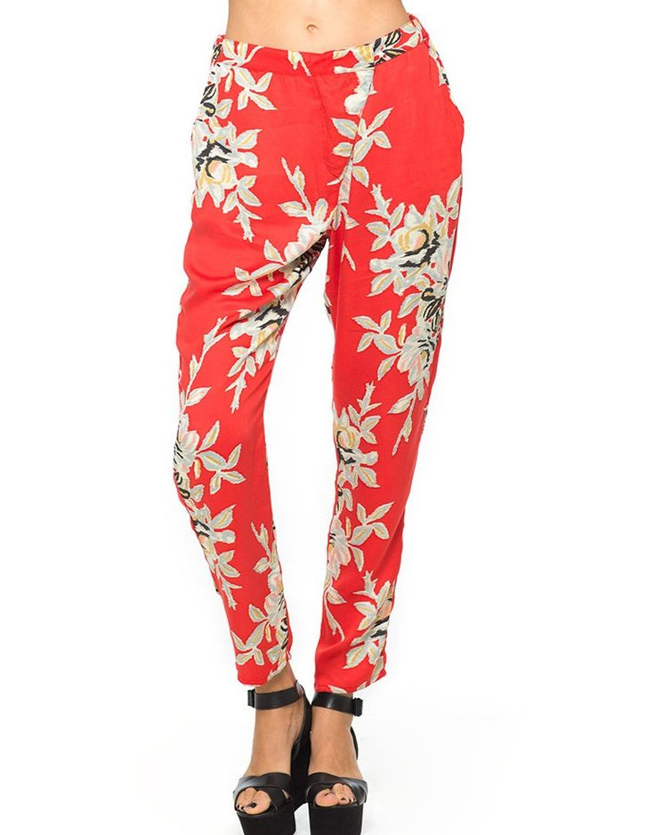 Motel Amaya Tapered Trousers in Blur Flower