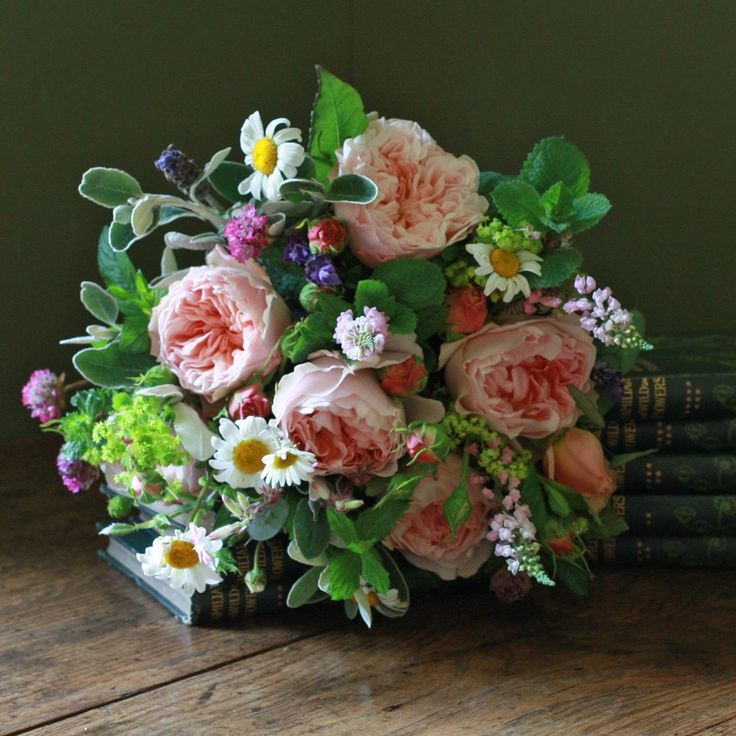 English Evelyn Bouquet