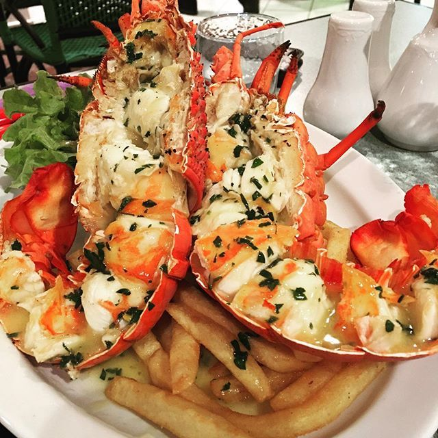 Beautiful seafood over the Easter break. Rocking the #lobster!