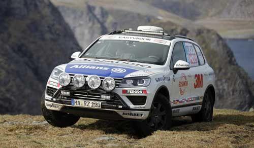 A través del desafío 'Cape to Cape', el plusmarquista Rainer Zietlow, junto al equipo Challenge4, intenta establecer un nuevo récord mundial a bordo de un Volkswagen Touareg equipado con neumáticos Goodyear Wrangler HP.