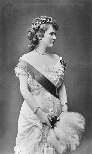 Elizabeth Queen of Romania. (29 December 1843 – 3 March/2 November 1916) was the Queen consort of Romania as the wife of King Carol I of Romania, widely known by her literary name of Carmen Sylva. Elisabeth was the aunt of William of Albania (sister to William, 5th Prince of Wied, father of William of Albania).