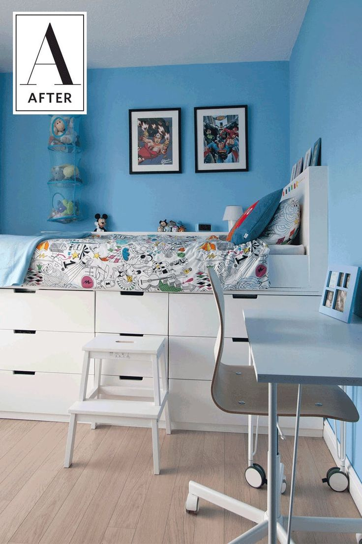 Small And Bold Kids Playroom Design With A Bold Geo Wall