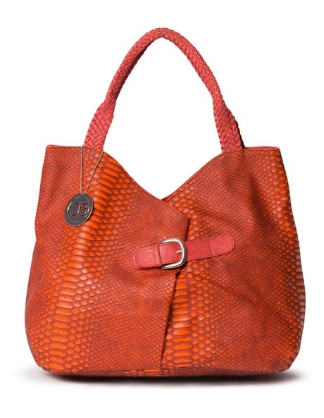 You can't go wrong with one great tote bag. And it's always nice (and cheap) to add some colour to your wardrobe with a bag.
