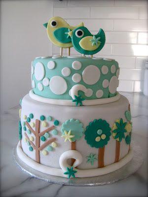 Baby birds shower cake with trees / Oisillons et arbres sur un gâteau de shower de bébé